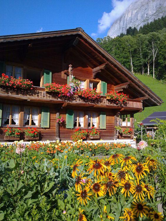 Swiss Chalet Model Chalet