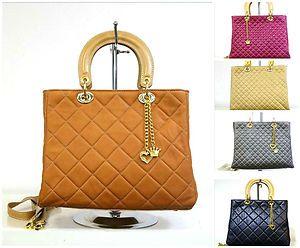 http://www.ebay.de/itm/italienische-Taschen-Handtaschen-Damentasche-Echt-Leder-Neu-Shopper-Ledertasche-/251275201702?pt=DE_Damentaschen==item801ce8cdcd
