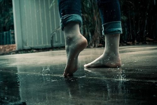 Rain... barefoot... droplets against her skin... this was real joy to her. Real pleasure. Nothing could compare to this. Nothing in the world. #angelinazoe