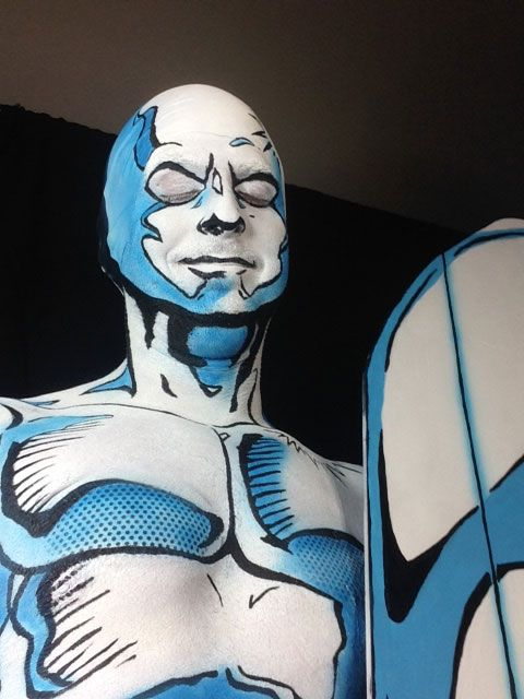 Body painting du surfeur dargent par Chris Alex   body painting du surfeur d argent chris alex 7