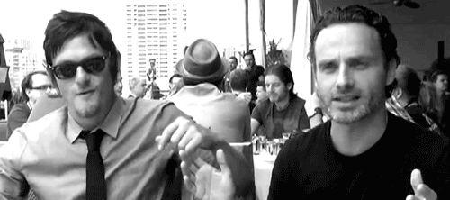 mi gif 1k mina entrevista TWD el caminar zuzzolek muertos Andrew Lincoln Norman Reedus y usted