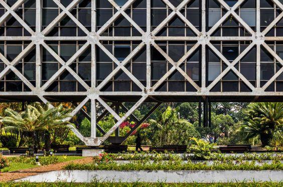 Companhia de Processamento de Dados do Estado | 1978 | São Paulo, Brazil | Pedro Paulo De Melo Saraiva | image by Nelson Kon