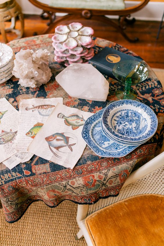 Gal Meets Glam Interior Design Contributor Series: Talking Antiques