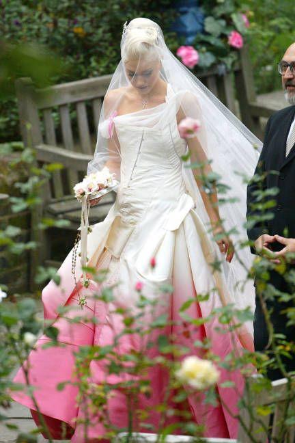 Celebrity wedding inspiration: Gwen Stefani's pink dress