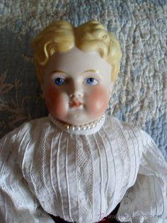 Parian Dolls | Parian doll 1890 in cloth original body, 42 cm