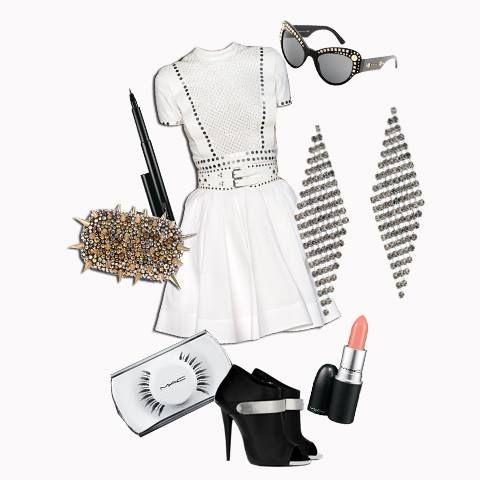 L'estate 2015 sarà ricca di sound, per una donna forte e dinamica! #outfit #look #tendenzemodaestate2015 #consiglidistile #lucabarra