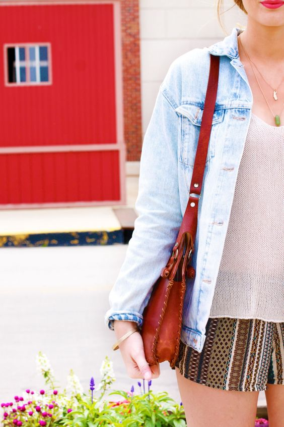 MELVILLE ON NAVY by Nicki Elise Elwin of The Truth Diaries // #thetruthdiaries #thetruthdiariesfashion #fashion #Chicago #british #britishblogger #style #fashionbloggers #fashionblogger #navypier #brandymelville #zara #brandyusa