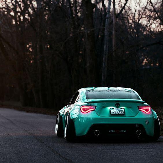 Toyota GT 86 Follow us - Sexy Sport Cars