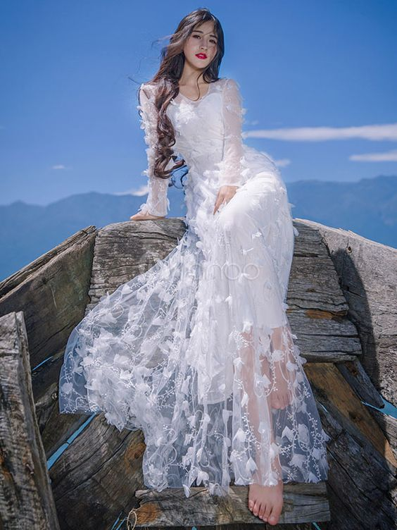 Wanna to try this wedding dress