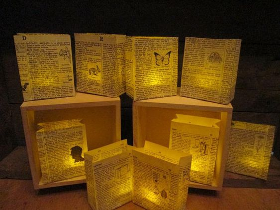 25 luminaries book decorations book wedding book club for Art book decoration ideas