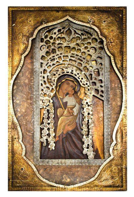 """Groot huis altaar icoon, Maria en Jezus, de zgn """"Glykophilousa"""", in frame en Oklad. gebaseerd op Russische modellen. Glazen stenen, stof, olieverf en brons Lengte: 236 cm Breedte: 149 cm Diepte: 18 cm"""