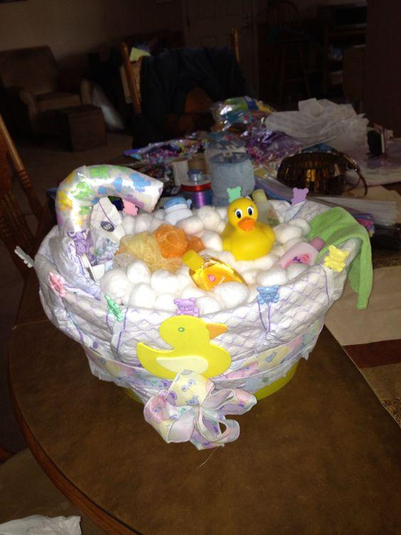bathtub diaper cake gender neutral diaper cakes pinterest diaper cakes diapers and cakes. Black Bedroom Furniture Sets. Home Design Ideas