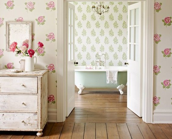 floral vintage style wallpaper
