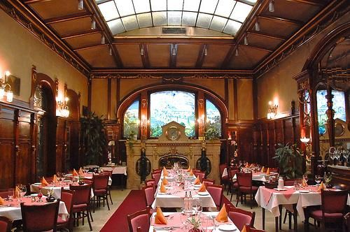 IMAGE OF TITANIC DINING ROOM Luxury Was A Must At The First Class Department On Titanic Among Other Things Attention To Details Part Of Th