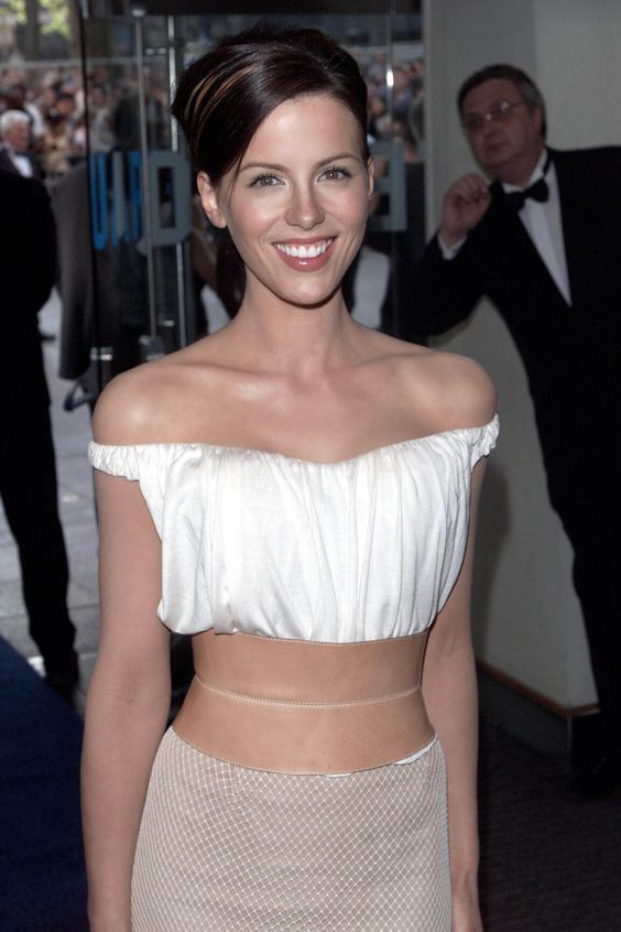 Kate Beckinsale has a lovely smile.