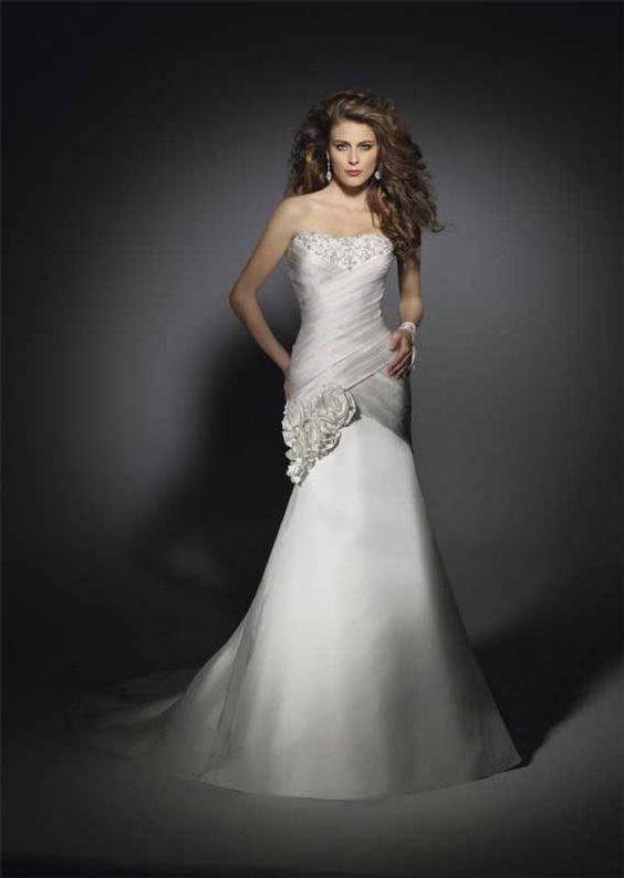 High fashion or not, the perfect wedding dress for you is out there.   Our new blog post highlights tips to avoid devoting hours of trying lackluster looks during the great wedding gown hunt: http://www.stellareventsco.com/2013/06/wedding-gowns-for-your-unique-body-type/
