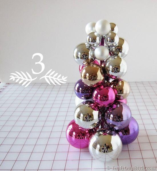 How-to-make-a-Navidad-árbol-con-adornos-ball-a-tejer-aguja-y