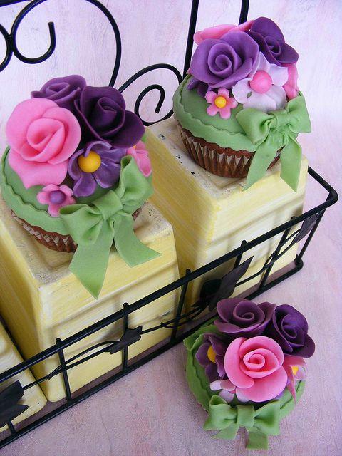 violet garden #cupcakes