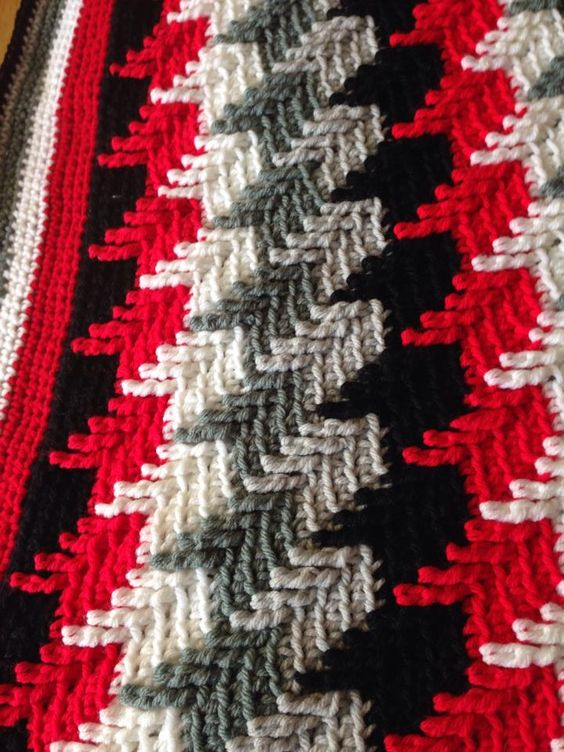 How To Crochet Apache Tears Pattern For Blanket : Apache tears - done with pattern next to this image on my ...