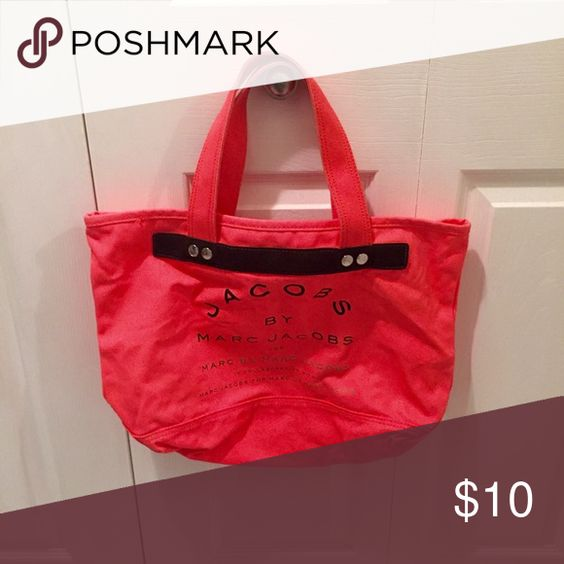 Marc Jacobs Tote Authentic brand. It does have dirt marks on it from wear. Marc Jacobs Bags Totes