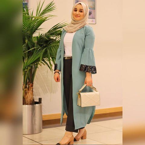 حبيباتي الي حبيتو اللبس حطيتلكم تفاصيل على الانستا ستوري وبالبوست بالسابق لانه تسألوني كومة كثير على تنسيقات Fashion Muslimah Fashion Muslimah Fashion Outfits