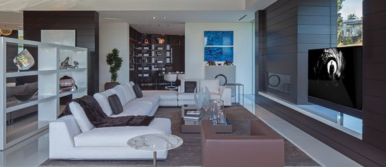 1201 Laurel Way in Beverly Hills by Palumbo Design - Form & Frame