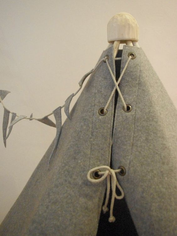 teepee kids teepee tent Children play tent felt by BubbleShelter