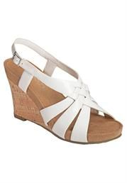 The perfect wedge by Aerosoles!