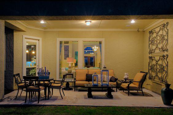 Imagine spending lovely #houston evenings outside here!