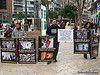 Acto pro-alimentación vegana (sin ingredientes de origen animal) de DefensAnimal.org en Valencia el 27/02/10. Más información en www.defensanimal.org/actividades/10/270210/ info@defensanimal.org Tfno.(+34)630152401   Nutricionista Online