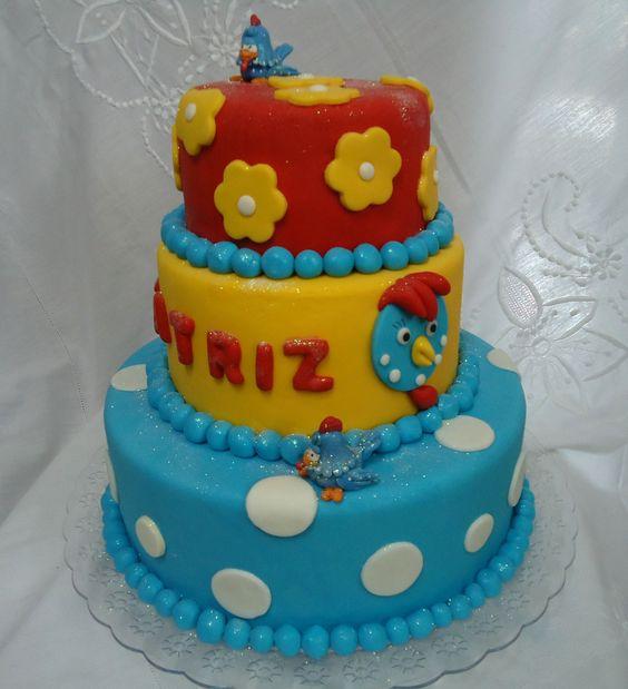 Bolo de Pasta Americana(Fondant) da Galinha Pintadinha - Cake - www.docemeldoces.com