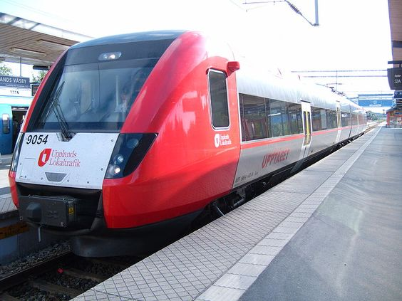Regina-  A terminating Upptåget local train in Upplands Väsby, suburban Stockholm. Upptåget is the suburban rail network of Uppsala, which extends into the Stockholm metropolitan area.