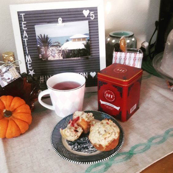 Cranberry Tea with Cranberry Muffins #harneyandsons