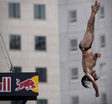 High diving - Orlando Duque