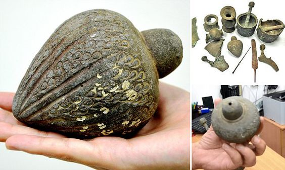 700-year-old hand grenade from Crusades found in the sea off Israel #DailyMail