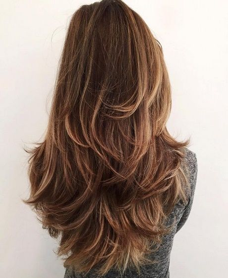 Lange glatte haare mit stufen