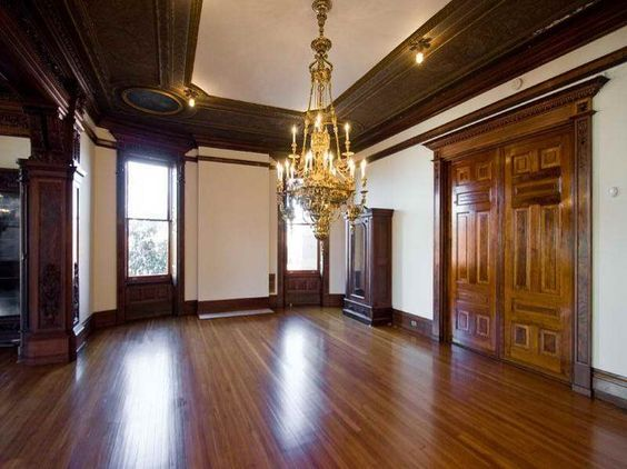 Inside victorian homes pictures with hardwood floor for Victorian woodwork