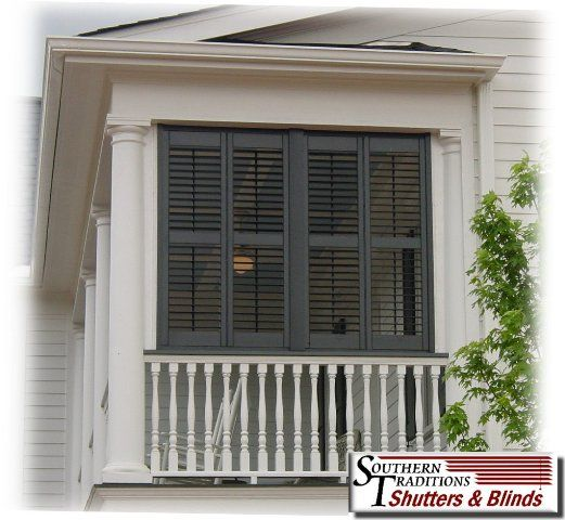 Moveable louvered porch for privacy on your for Privacy shutters for deck