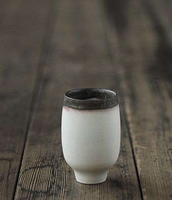 // yasuko ozeki  Good glaze colors for tea cups