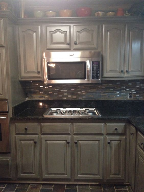 ... Kitchen Cabinets Ideas Top Coat For Kitchen Cabinets : Kitchen Cabinets  In Annie Sloan French Linen ...