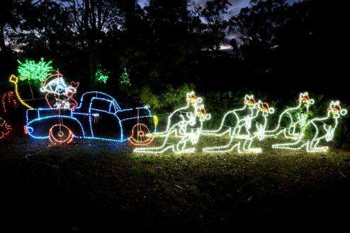Xmas Lights Around Brisbane Australia Pictures Fun Videos Christmas In Australia Outdoor Christmas Lights Christmas Lights