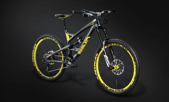 YT Capra Legendary  Edition