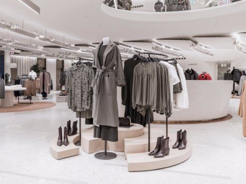 Zara Has A Fleet Of Secret Stores Where It Masters Its Shop Design And Plots How To Get You To Spend Money Fashion Store Design Store Design Boutique Store Design Interior