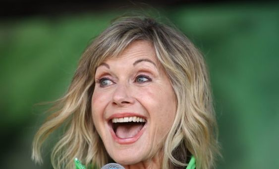 Olivia Newton John Receives Damehood In Queen S New Year S Honors