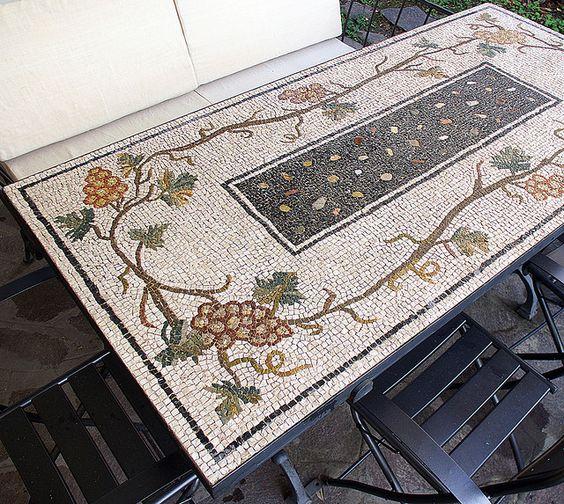 tavolo da giardino con tralci d'uva by ari kokomosaico, via Flickr