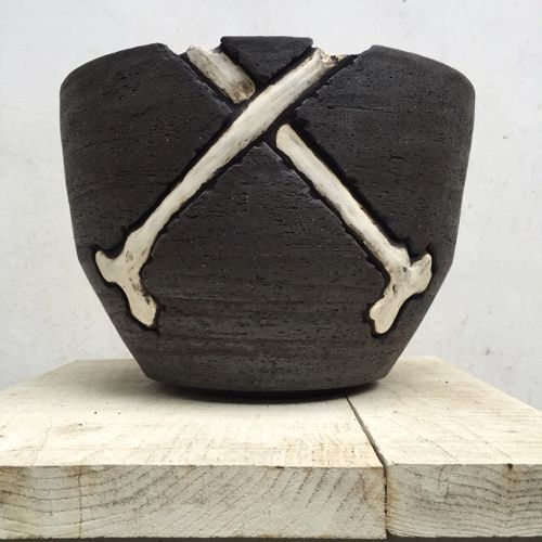 BASIC Bowl Pot. Cross