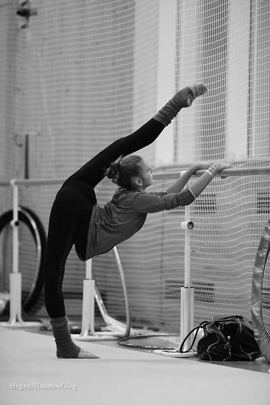 Rhythmic gymnastics training exercises