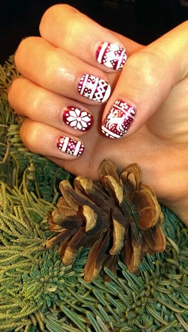 Christmas sweater nails.