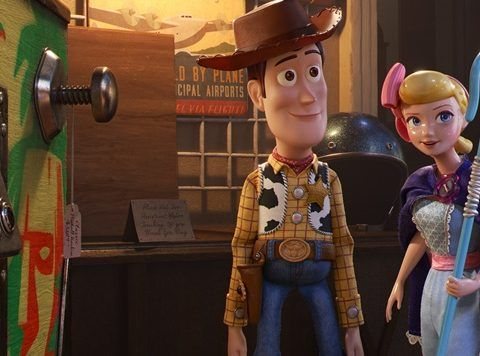 See The Final Trailer For Toy Story 4 Toy Story Good Movies Toy Story Bedroom
