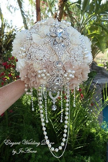 DRAPING JEWELED Brides Brooch Bouquet- DEPOSIT for this Custom Bouquet, Brides Bouquet, Brooch Bouquet, Wedding Bouquet, Cascading Bouquet